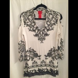 Tops - Embellished black and white shirt
